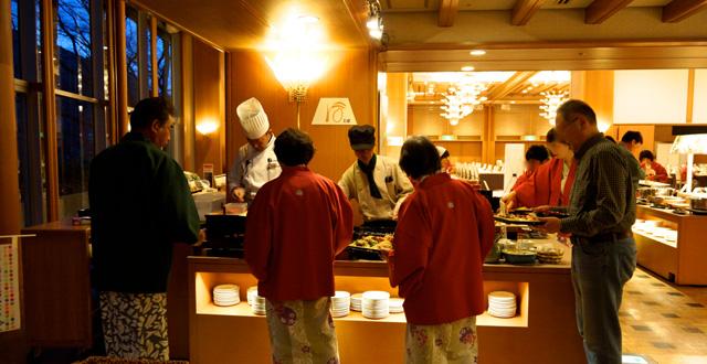 http://hanabana.hotelhananoyu.jp/images/information/2017/20170412-4.jpg