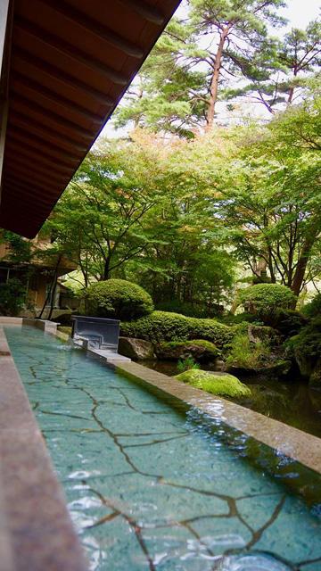 http://hanabana.hotelhananoyu.jp/images/information/2017/20171025-1.jpg